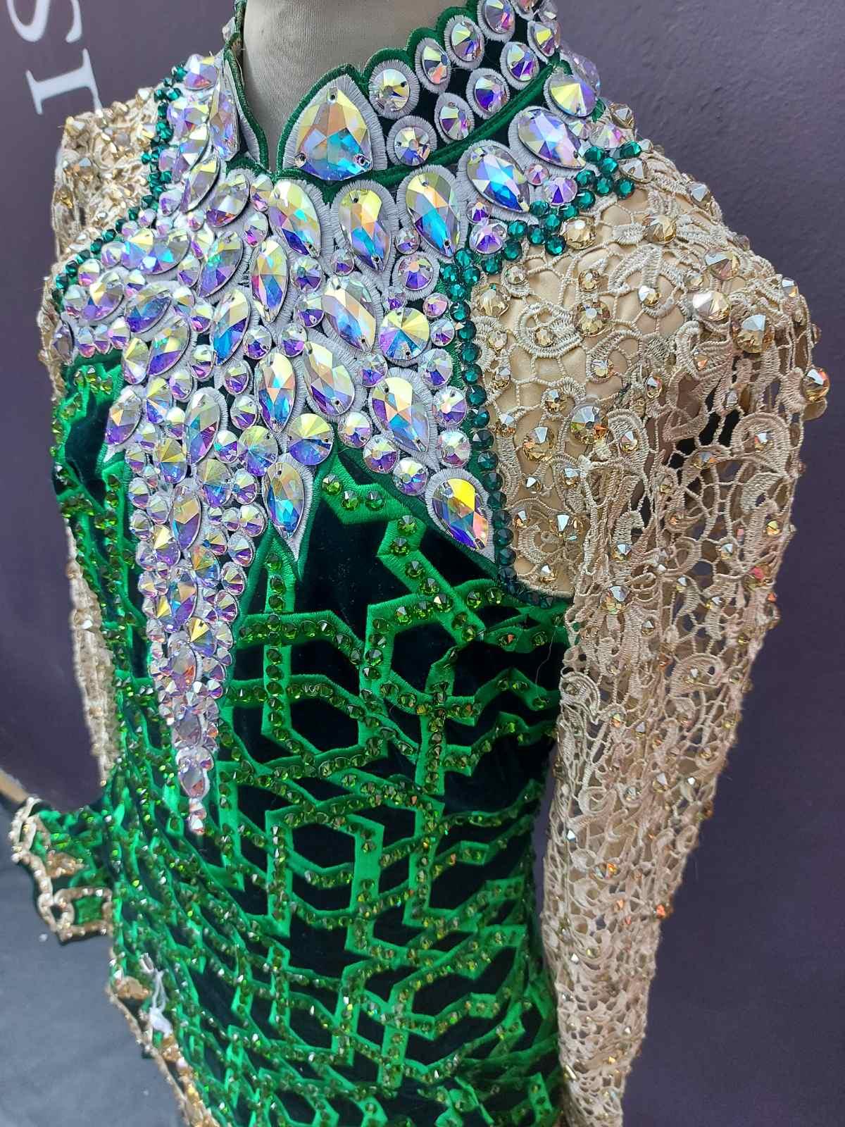 Dress #1902